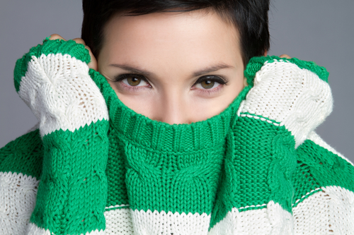 Сел свитер после стирки Знаем что делать чтобы его растянуть