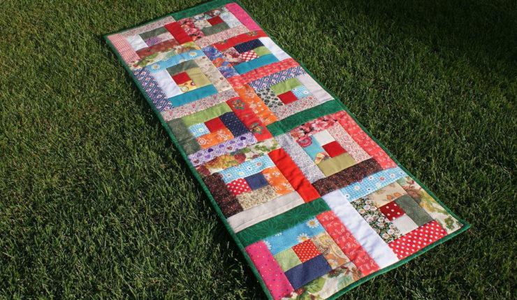 Коврики из лоскутков ткани своими руками: как самому создать ковер из подручных материалов?    Сплести коврик из полосок ткани своими руками