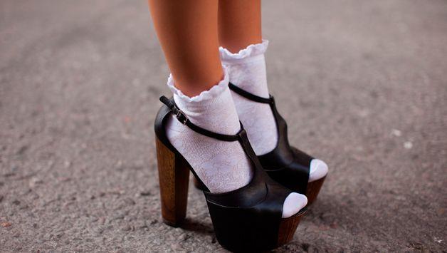 Как быстро отстирать белые носки