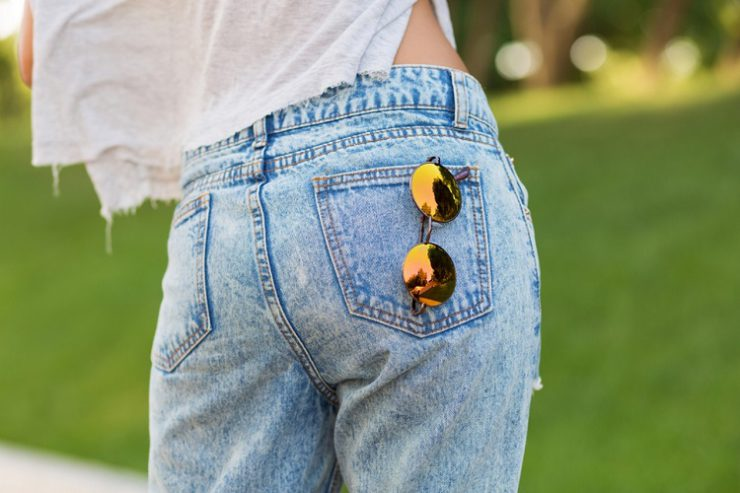 Чем оттереть масло машинное с джинсов