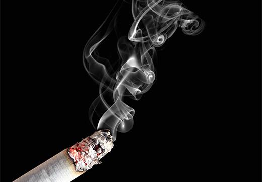 Как убрать запах сигарет с одежды: простые и действенные способы