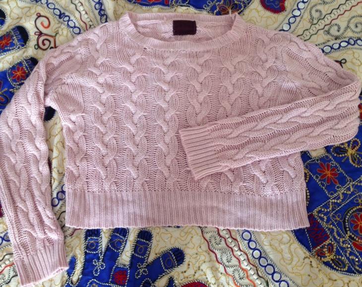 Как стирать шерстяной свитер из ангоры и вязаную кофту, как постирать свитер, чтобы он не растянулся