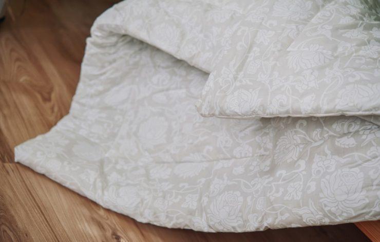 Можно ли и как стирать верблюжье одеяло в стиральной машине